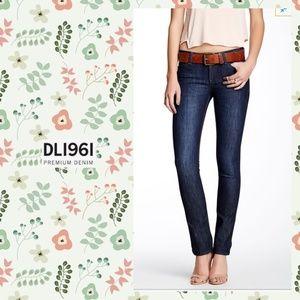 DL1961 Samantha slim straight jeans sz 25
